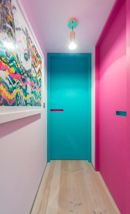 Colroful interior doors are a great idea for kids room