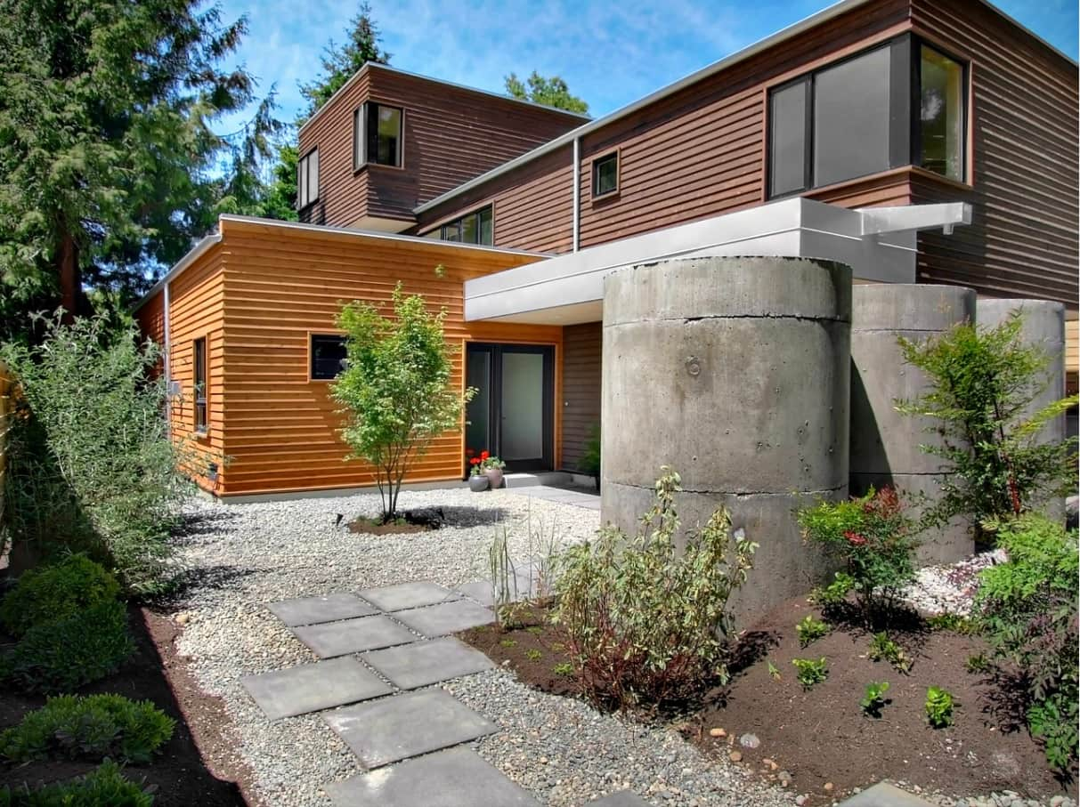 Stylish and Effective Sustainable House Designs to Inspire. Sustainable garden and the well