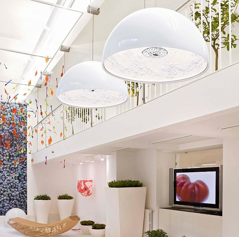 Modern Chandeliers: Huge Selection of Room Decorating Options. Pendant lamps with white metal dome cap