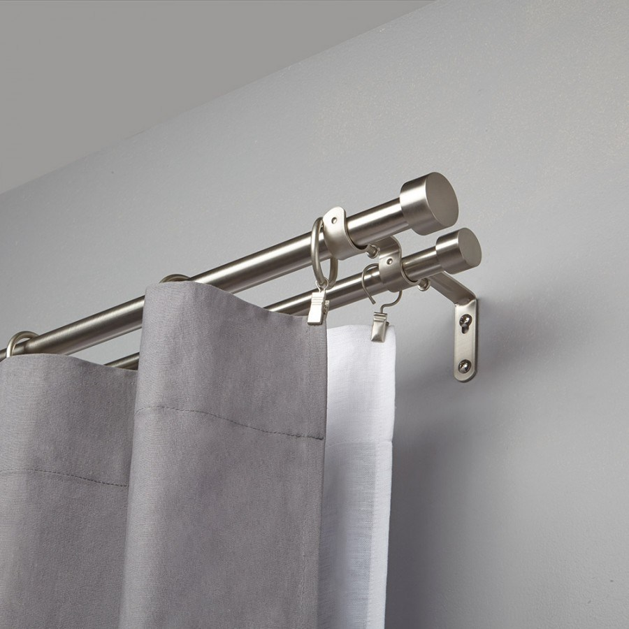 Double curtain rod with matte steel shine