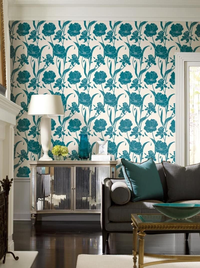 Blue and green floral pattern on the wallpaper