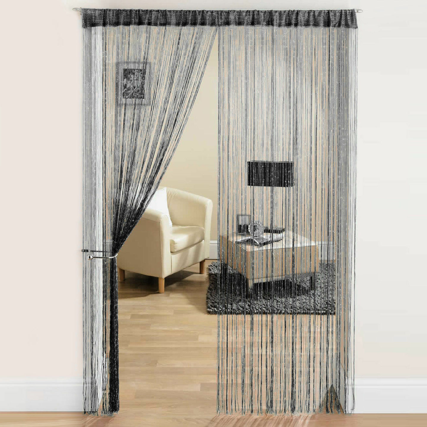 Interior Curtains: Stylish Zoning and Decoration Element. Glass chains to delimit interior space