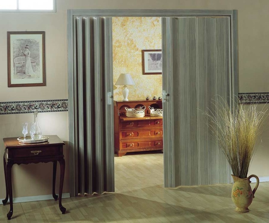 Interior Curtains: Stylish Zoning and Decoration Element. Classic corridor and curtain separation from bedroom