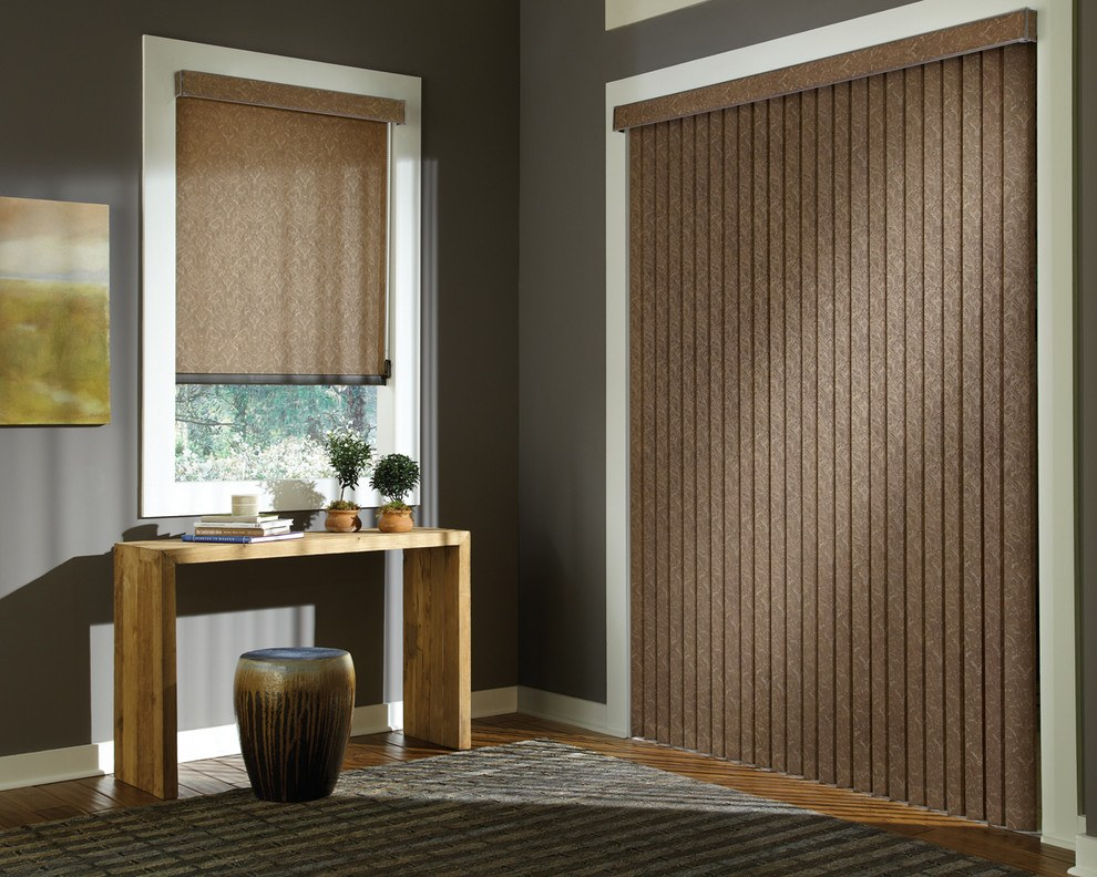 Window treatment and interior curtain in uniform style