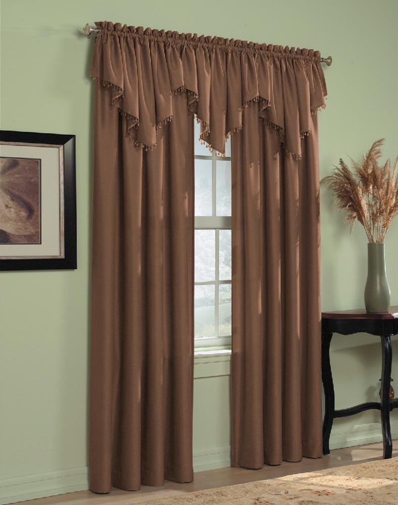Interior Curtains: Stylish Zoning and Decoration Element. Unusual color palette in the room - beige and light green