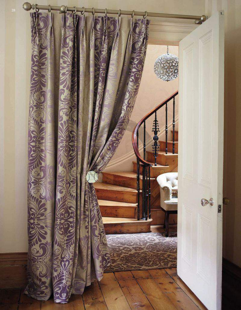 Window curtain used as interior one from the corridor