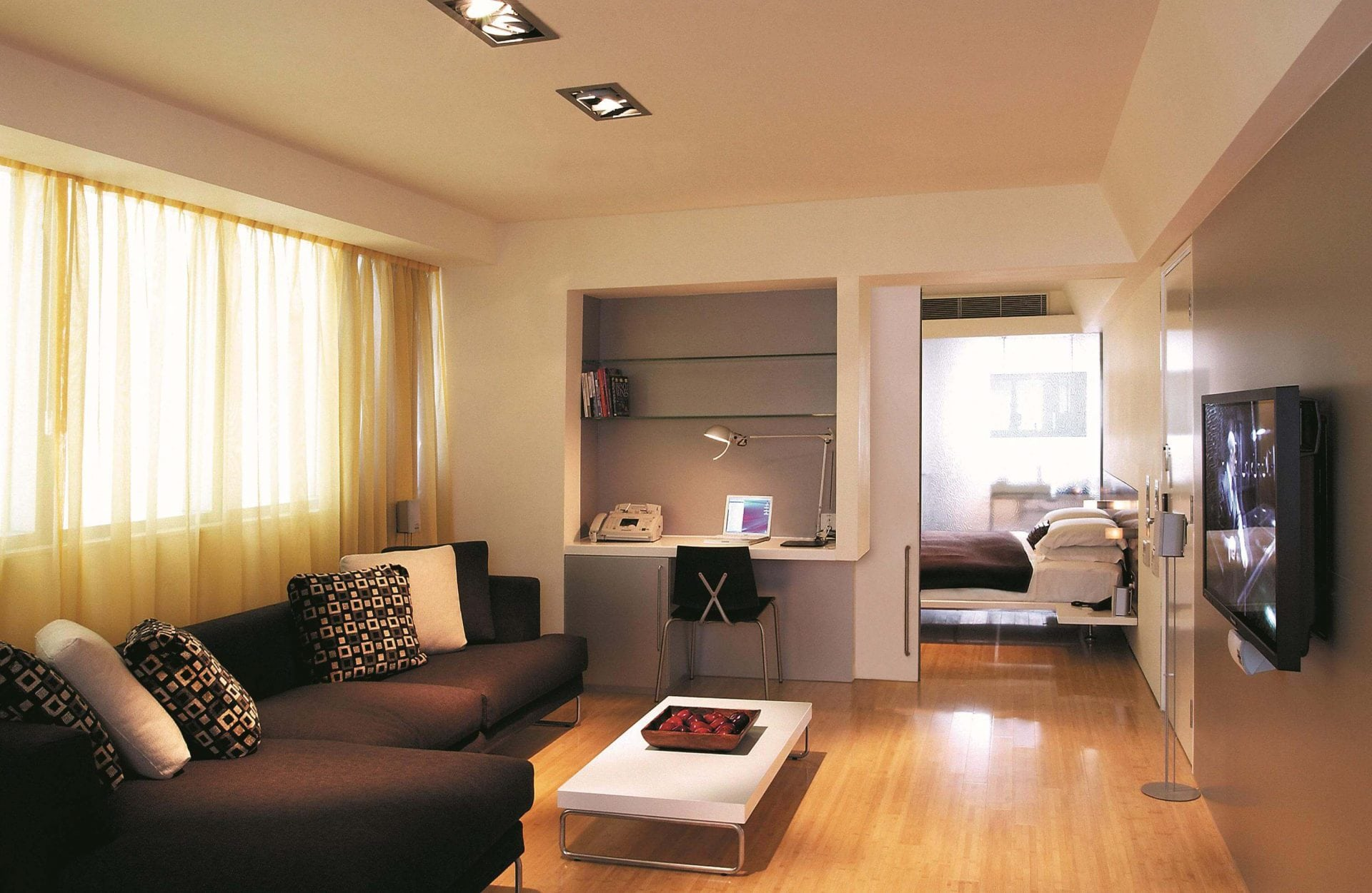Simple yet effective minimalistic room decoration with pastel scheme