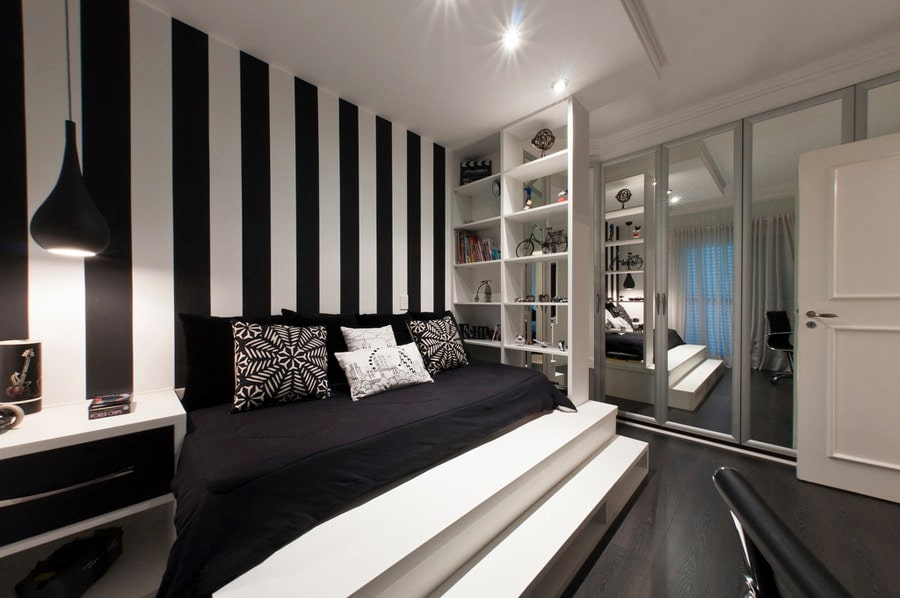 wallpaper with black and white stripes