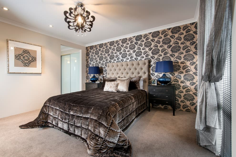 Luxurious black and beige color combination on the bedroom wallpaper