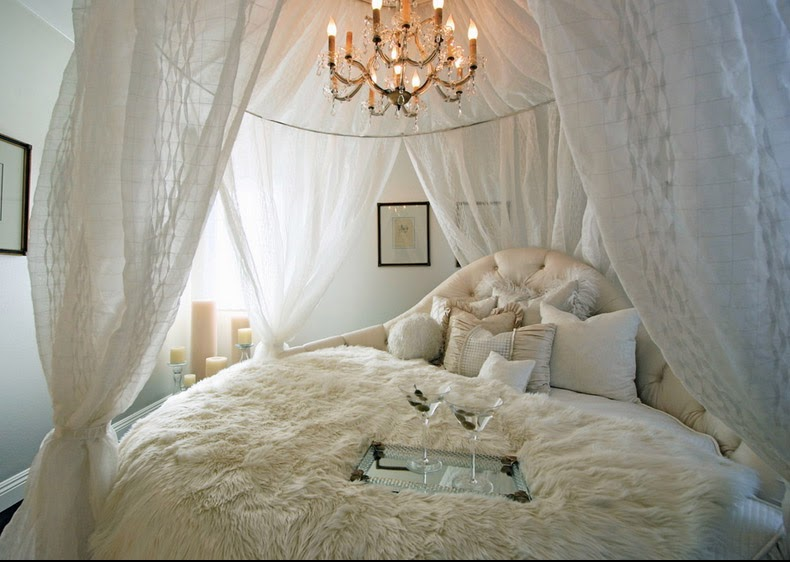 Fluffy and romantic sensation out of the round canopy and king-size bed
