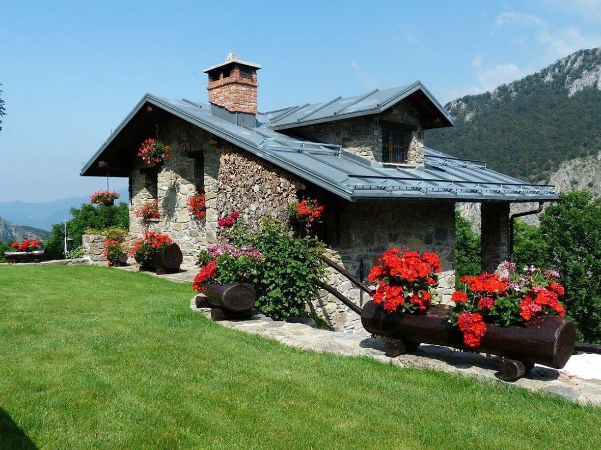 Cooling Mistakes to Avoid in Your Home This Summer. Great suburb cottage in mountains