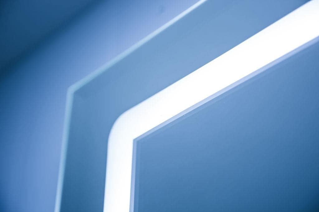Close-up of the built into the mirror LED lighting