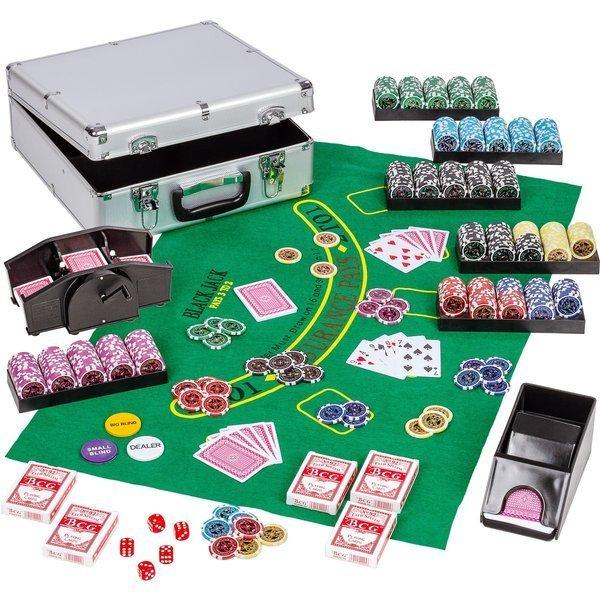 Placing Poker Tables in Small Spaces. Small table for large living room to take up less area. The poker set