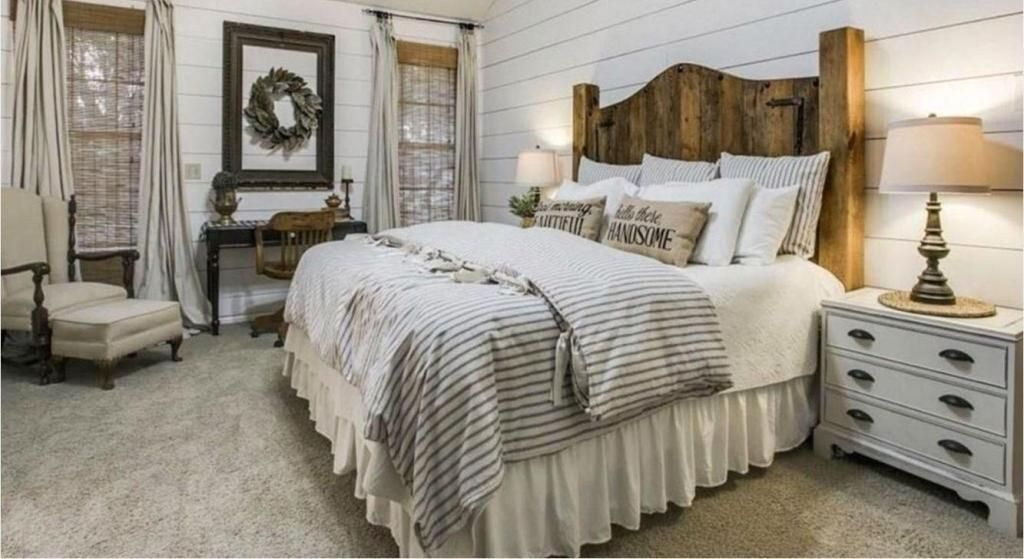10 Fascinating Bedroom Designs. Modern farmhouse with rich decoration and linen