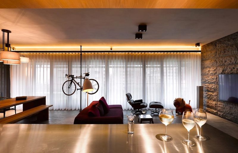Led lighting and tulled panoramic window for open space interior