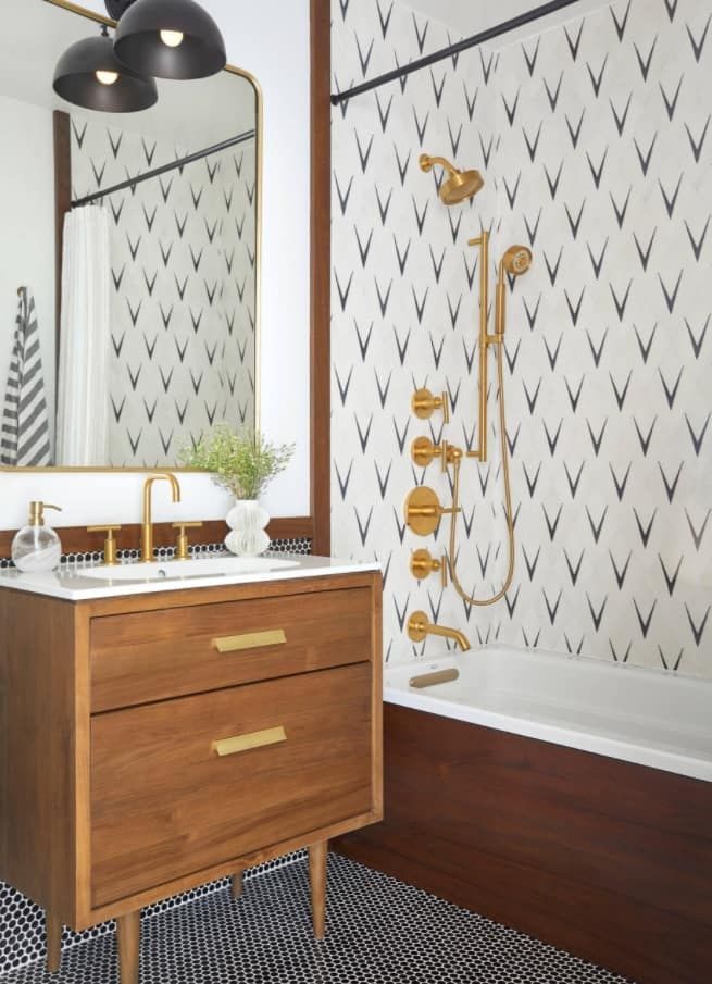 From Basic to Fancy: How to Upgrade Your Bathroom with New Trending Décor Ideas. Gold and brass elements in classic interior