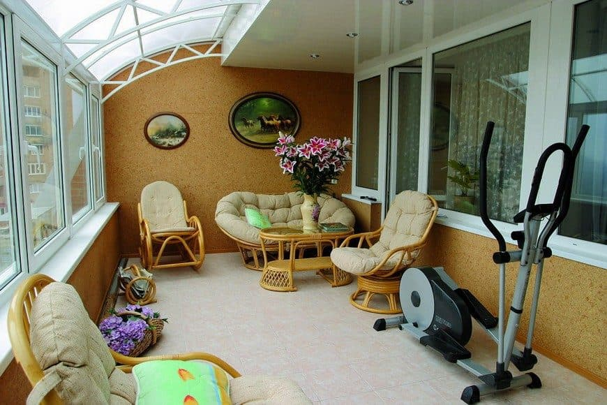 5 Uses for Your Balcony: Fresh Design Ideas. Large area with elements of sitting area and even a gym