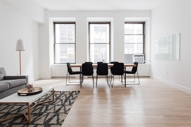 Designing Tips From The Pros To Make Your House Outstanding. Modern simple styled living room with black and white contrast between wall finishing and the furniture