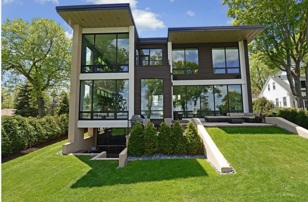 High-tech Style Houses: Fresh Ideas for Individual Projects. Three-story mansion with panoramic glass facades