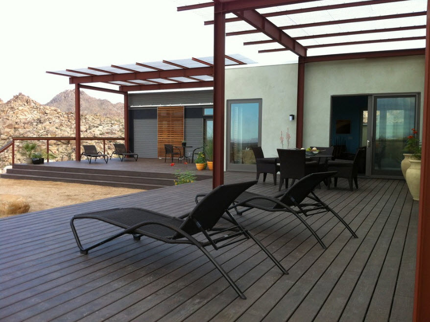 Lattice topped lounge zone with wooden deck